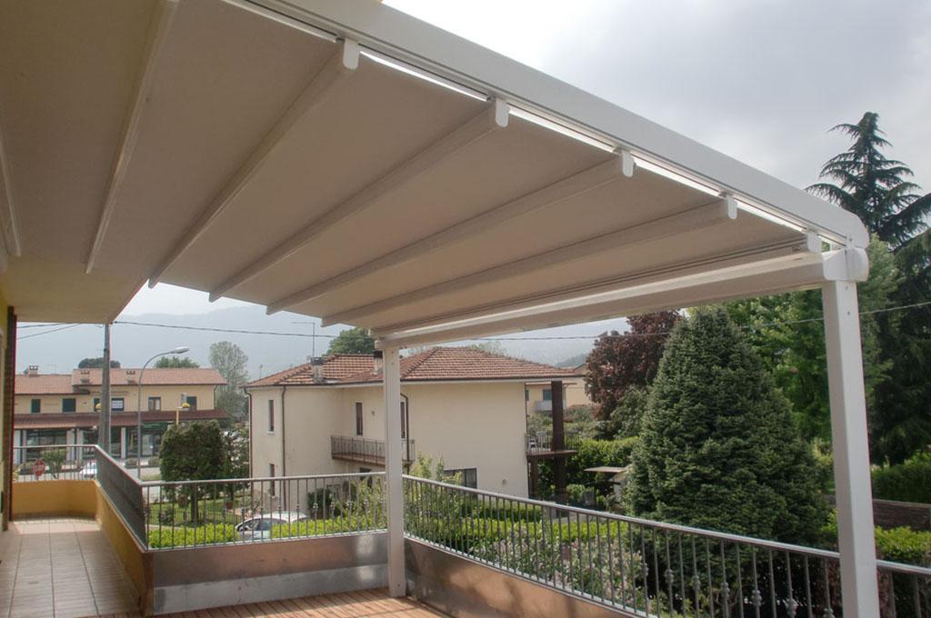 Tende da esterni schio vicenza malo l 39 idea tappezzeria e - Strutture mobili per terrazzi ...